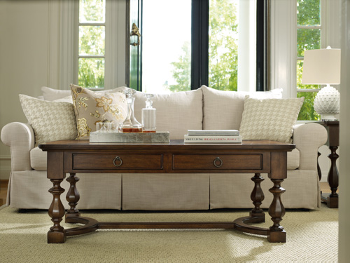 Classique coffee table