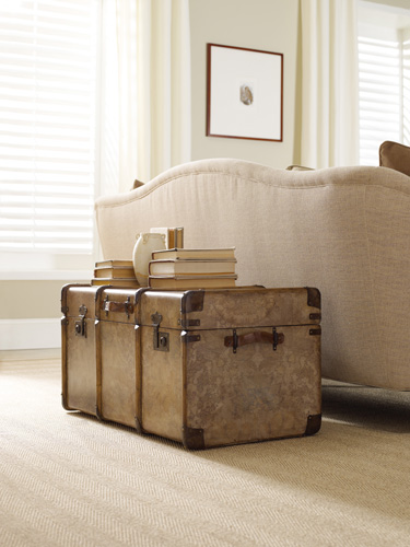 Lift-top cocktail trunk