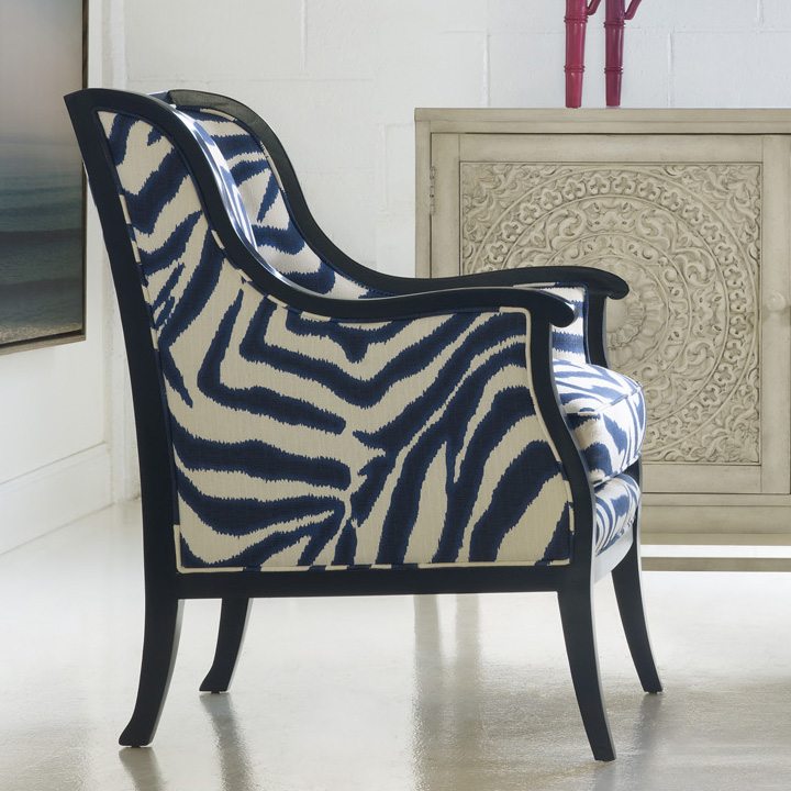 Zebra stripes in deep blue combine two trends