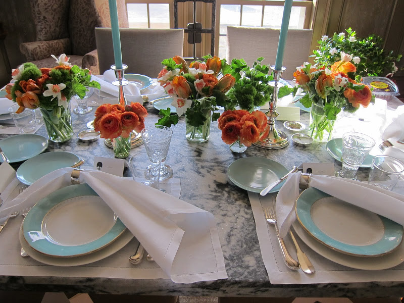 A table like this will brighten any winter meal—or mood. Picture courtesy of Google images.