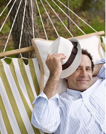 _1_JPEG_Tony_Shalhoub_in_hammock,_CountryLiving.com