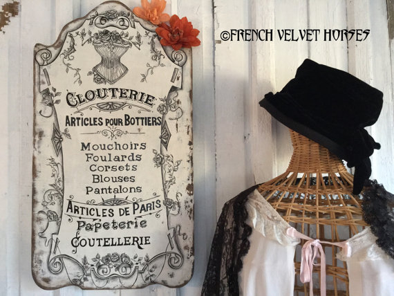 Photo6FrenchCorsetFVHSign