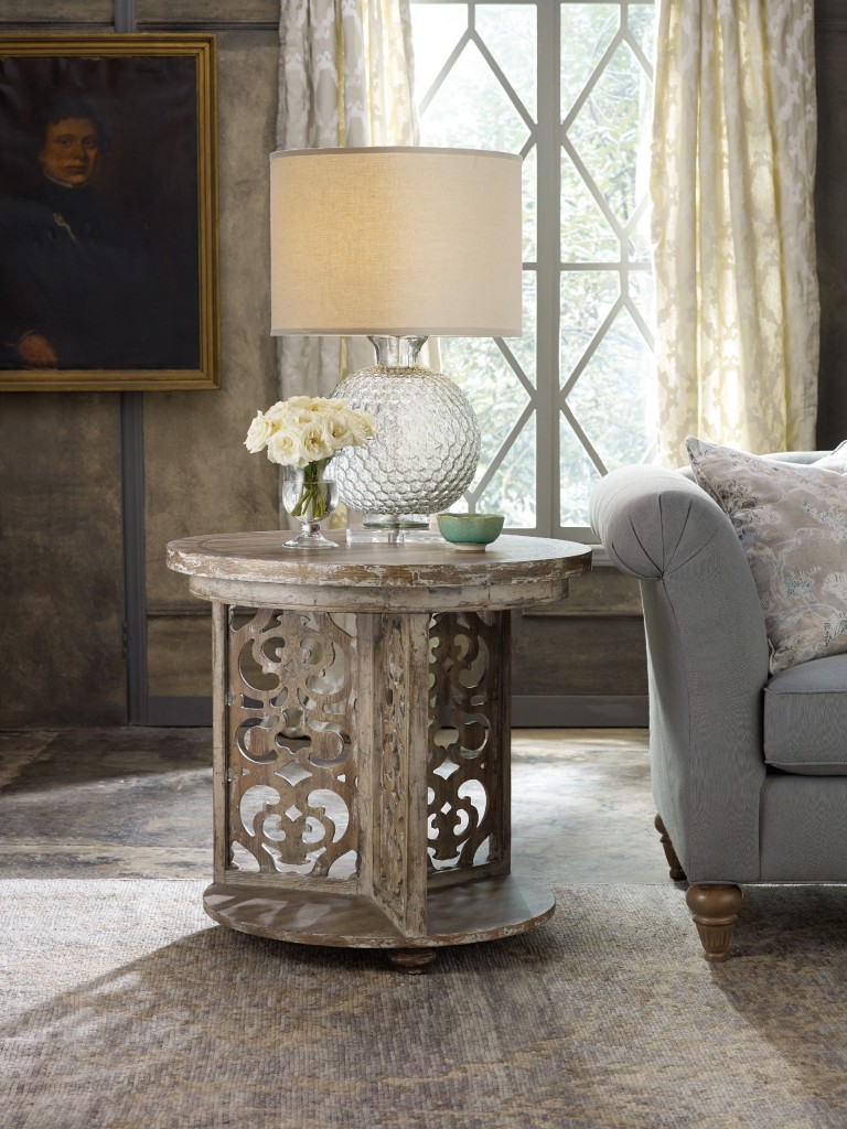 Bohemian chatelet round table