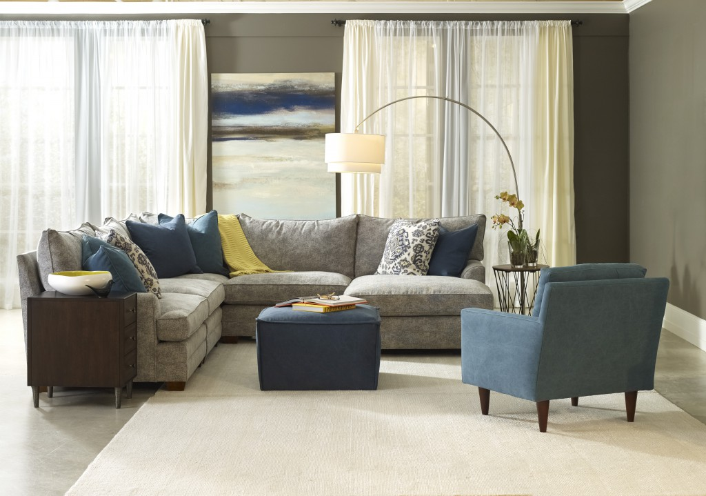 Marci sectional no model